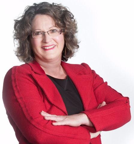 ProVision Coaching www.divasthatcare.com/studio Today's Diva is Laura Bechard from Calgary with a profession in Business Coaching. She is committed to building meaningful lives for individuals with developmental disabilities - home, school, work, leisure.
