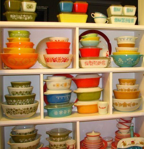 pyrex: Vintage Dishes, Stuff, Dream, Pyrex Collection, Vintage Pyrex, Posts, Pyrex Dishes, Kitchen, Love Me