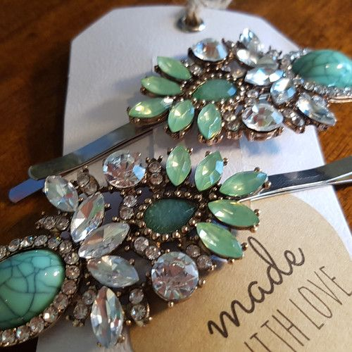 'Dazzle Me' Mint set of Extra Large Hair Clips  www.madewithlovebybee.com