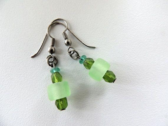 bead earringsdangle green earringsgreen by Homeforglasslovers, $5.50