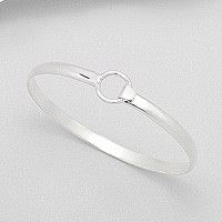 Lauren Sterling Silver Circle Clasp Bangle – Difilia by Design