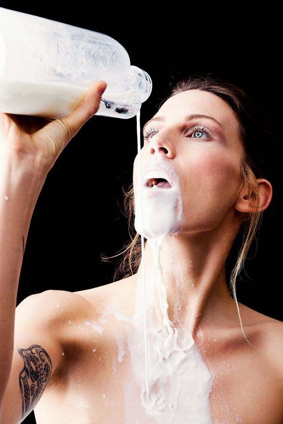 ¨If Something Can Go Wrong, It Will¨ | Photograph by Fatih Metin Demirkol @fmdemirkol  #magazine #photographymagazine #photography #wet #nomanipulation #milk