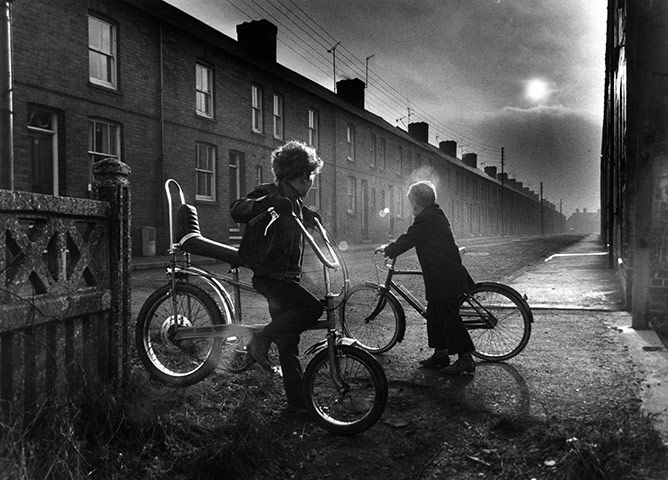 Such an atmospheric photo by Don McPhee, documenting the Miners Strike.