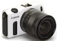 BISNIS,korantangsel.com- Meningkatnya pemain fotografi membuat berbagai vendor kamera terus mengeluarkan inovasi dan produk baru demi memenuhi perintaan konsumen. Canon salah satunya. Sebagai brand ternama sepertinya tidak ingin ketinggalan. Ini terbukti dengan di keluarkannya Canon EOS M. Walaupun memiliki bodi yang mini, tetapi kemampuan dan kualitas setara dengan kamera DSLR.