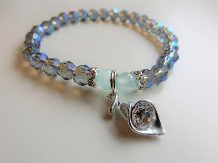 Calla Crystal beaded bracelet by TsukiNoLola. Buy it: http://etsy.me/2omByft   @Etsy bracelet #かわいい #handmade #bransoletka #rękodzieło #beadedbracelet #etsyhandmade #birthdaygift #giftforher #ショップ #etsysellers #shop #handmadeshop #ディー #ディーショップ #ブレスレット