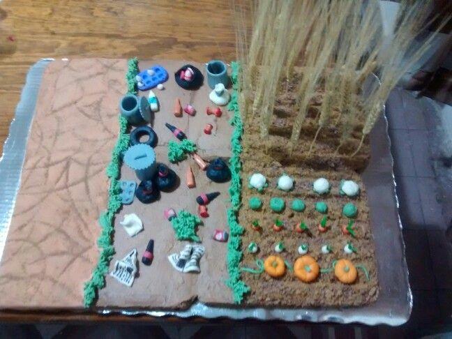 """Maqueta de pastel de chocolate con el tema"""" """"La contaminación del suelo"""""""
