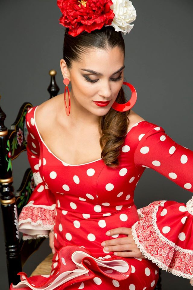 https://www.tamaraflamenco.com/es/trajes-de-flamenca-2015-mujer-72
