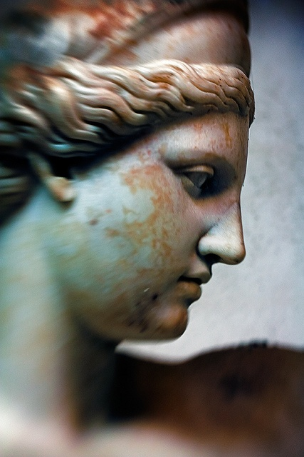 Statue / Pompeii & Herculanium - if it were voices instead of colors by gh0stdot, via Flickr