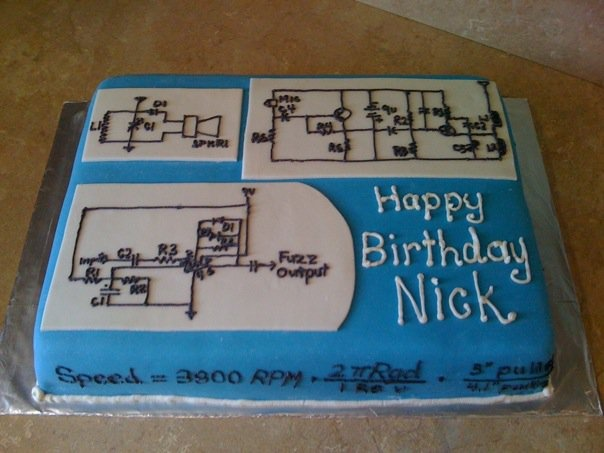 Electrical Engineer Cake Design : 20 best images about Cake ideas on Pinterest Homemade caramels, Graduation and Engineers