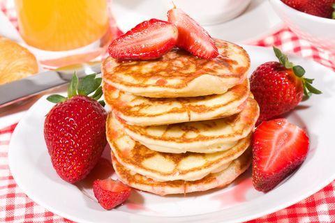 "Ricetta ""Pancake light"" senza latte ne uova. Leggeri, soffici e sopratutto buonissimi!!! https://angieclausblog.wordpress.com/2014/08/16/ricetta-pancake-light/"