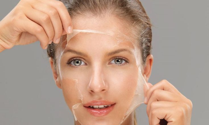 От себя: первой у меня в салоне здоровья эту маску сделала женщина 65-ти лет, мы аж ахнули глядя на её свежесть