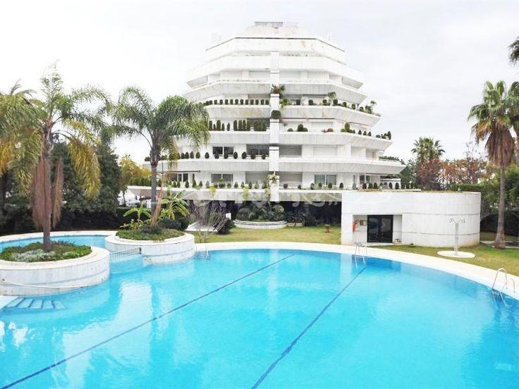 Luxury Apartment In Golden Mile, Marbella   1.150.000 U20ac