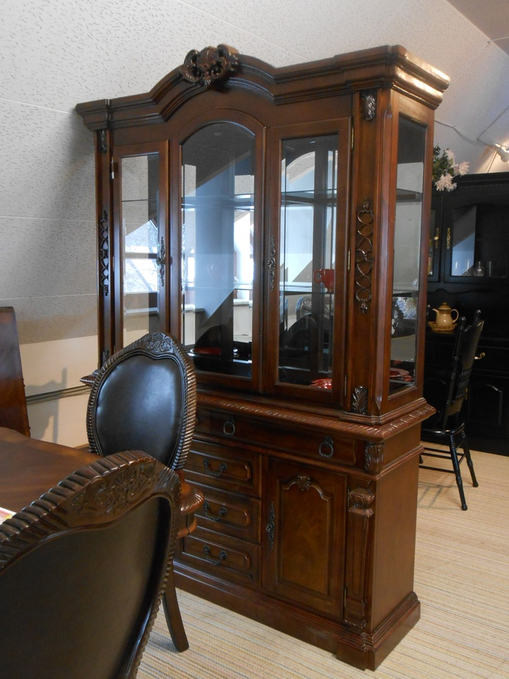 Empire Buffet Hutch For A Beautiful Dining Room