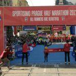 Record mondial la semimaraton feminin