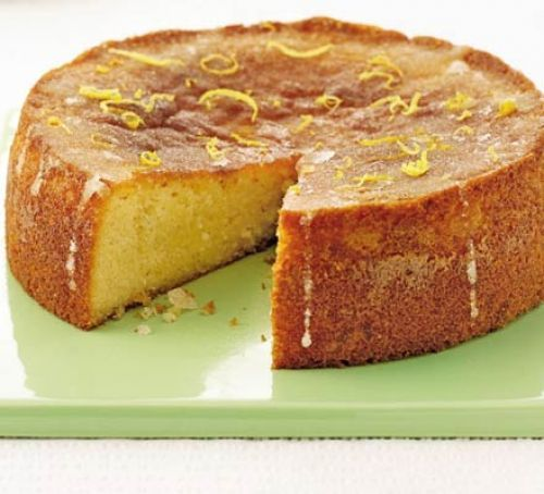 Gluten-free lemon drizzle cake | With a special surprise ingredient, this gluten free cake stays beautifully moist. To everyone's amazement it's mash potato!