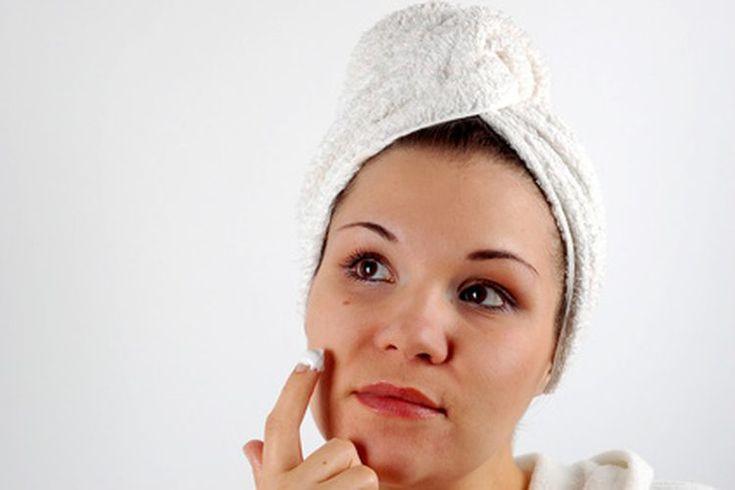 Las mejores líneas orgánicas para el cuidado de la piel con acné . Los mejores productos orgánicos para el cuidado de la piel con acné vienen de fabricantes con un historiales comprobados de buena calidad, premios por excelencia y opiniones positivas de los clientes. Lavera, Aveda y Original ...