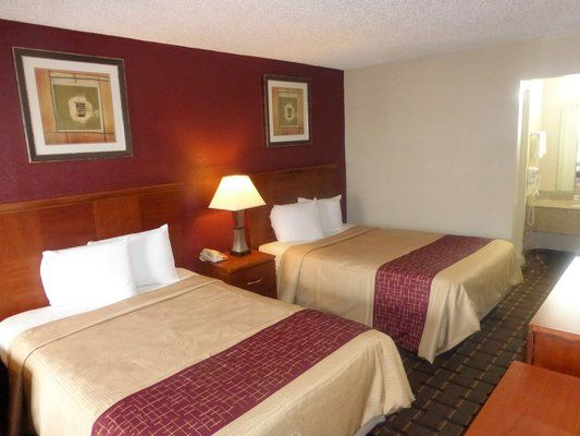 Affordable, Pet Friendly Hotel In Bossier City, LA: Red Roof Inn U0026 Suites