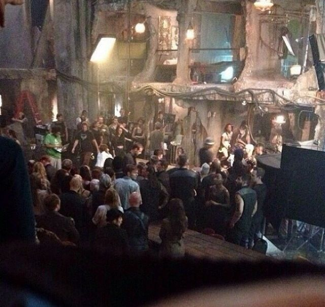 BTS on the Insurgent Set // I'm thinking maybe this could be a place for the factionless judging by how the building looks old and destroyed