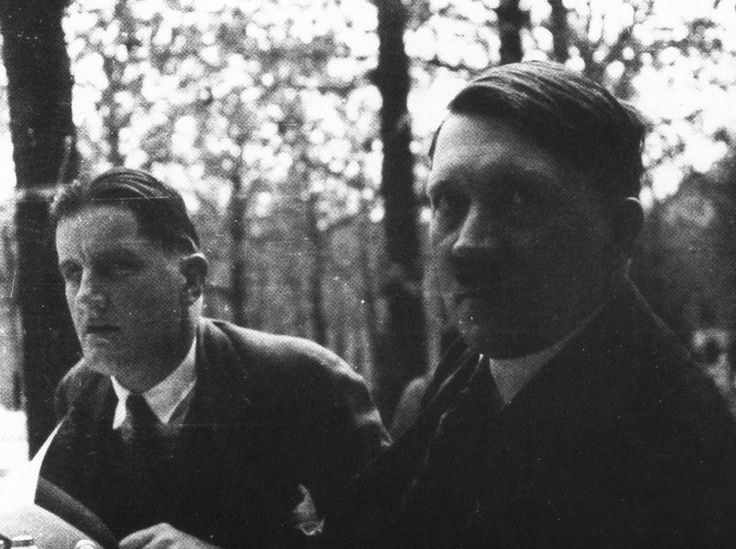 Putzi Hanfstaengl and Adolf Hitler at the Cafe Heck in Munich in the 1920s