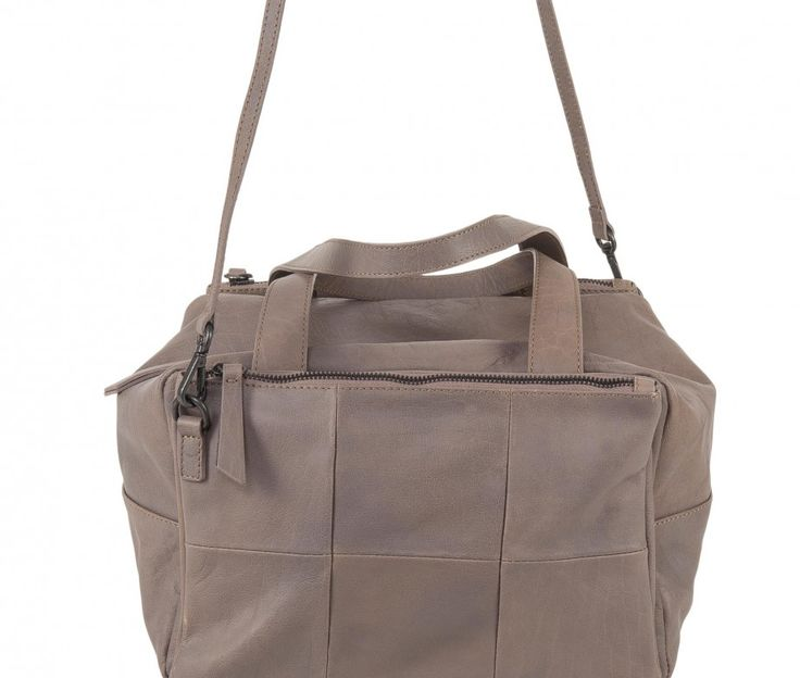 www.desireelupi.com ///  CECILIA _ col. Taupe Cube&Cute, Cecilia is a special bag: can be a handbag or a shoulder bag or also turn into a pochette, just removing and joining the two front pockets. 100& genuine leather & handmade in Italy