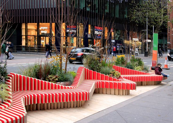 Parklet by WMB Studio adds greenery to London's streets