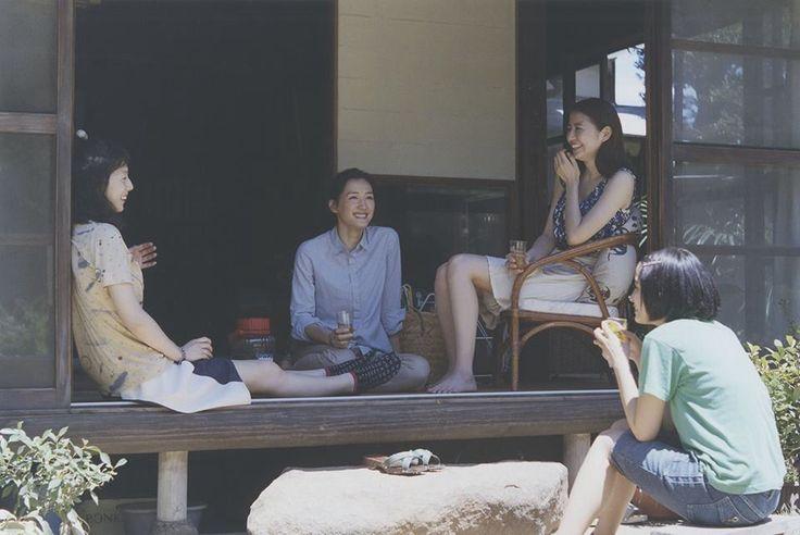 The cast of umimachi diary.