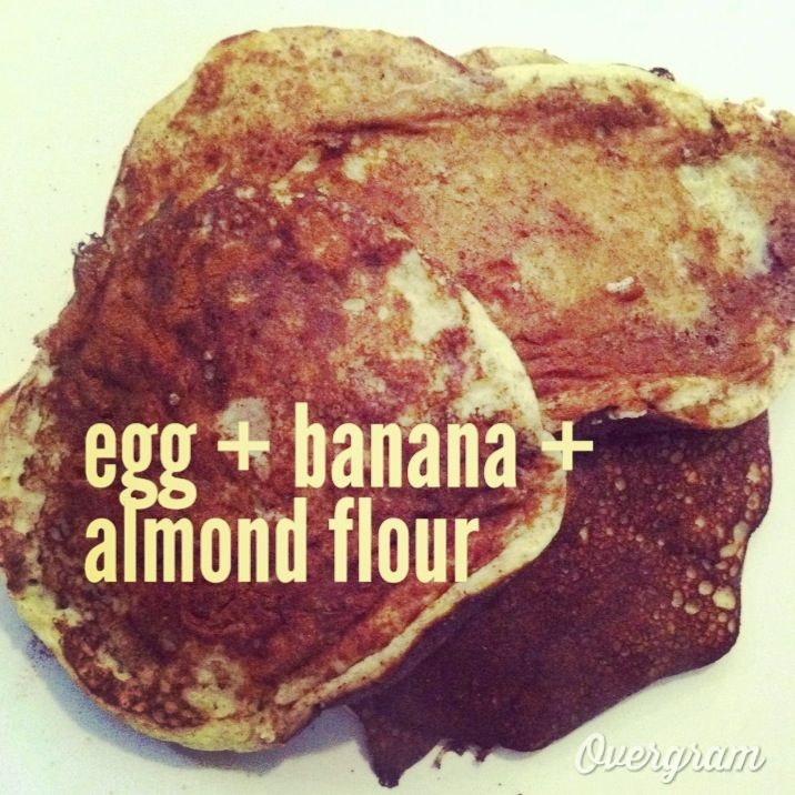 "Perfect for #whole30 #paleo and just plain #cleaneating    banana, almond flour and egg ""pancakes"""