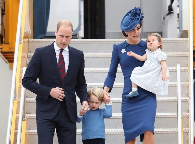 Чем принц Джордж и принцесса Шарлотта занимались в Канаде
