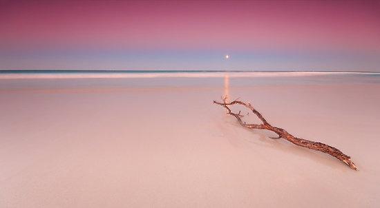 October Moon by Gormaymax. Mullaloo Beach, Australia