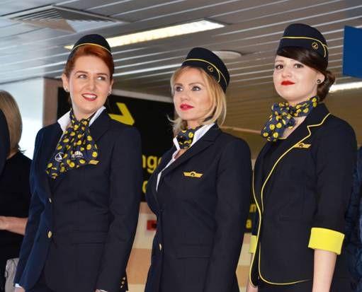 Compania TAROM  lanseaza noile uniforme