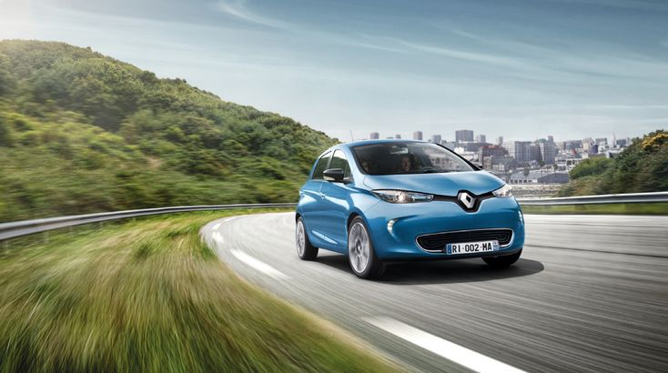 2017 Renault ZOE Shocks World, Hits 400 Kilometers (250 Miles) Of Range! … Er, 300 Kilometers (185 Miles)