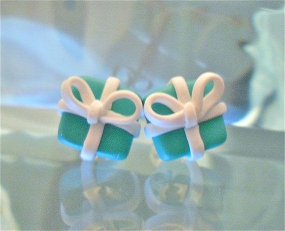 tiffany and co blue box with white ribbon - clay earrings- tiffanys - audrey hepburn