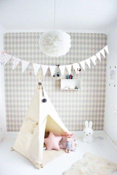 Leuk witte lamp voor de babykamer of kinderkamer. Nu tijdelijk met 10% ...