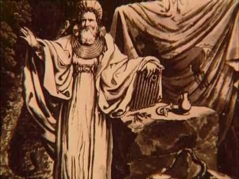 Benjamin christensen realiza su obra en Estocolmo, constituyendo un interesante documental sobre hechiceria tomando como fuentes la abundante literatura judi...