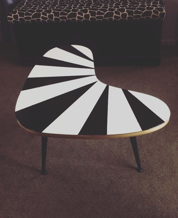 Black and white stripe retro diy bold oil based paint coffee table