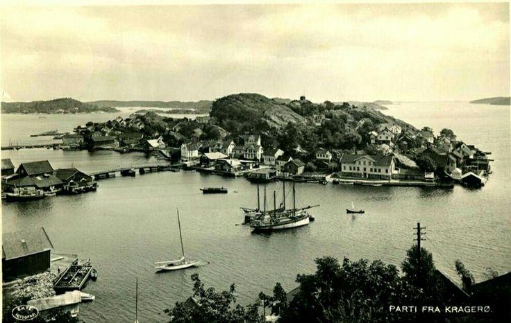 Telemark fylke Kragerø kommune med bebyggelsen  Utg Kristiane Johnsen, postgått 1920-tallet