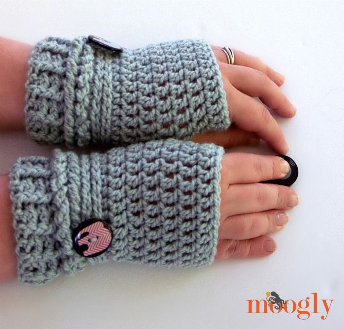 Ups and Downs Fingerless Gloves free crochet pattern