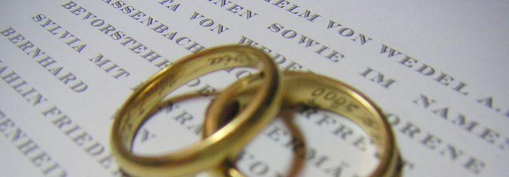 DRUCKATEUR | klassische Drucksachen | personalisiert | Hochzeitsanzeigen | Geburtsanzeigen | Gästebücher | Stahlstichprägedruck | exklusive Drucksachen | private Weihnachtskarten | Fotokarten | feine Drucksachen