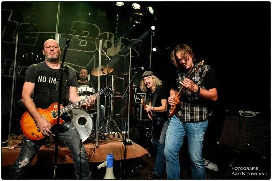 ROVED Nov 27 2015 Live at The Box Studios Records in Katwijk. The Netherlands.  Special thanks to,  and photo by Aad Nieuwland.   #ROVED     #Grunge   #grungerock   #theboxstudiosrecords   #AadNieuwland