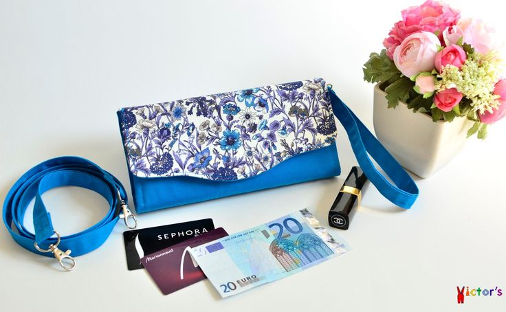 Women's wallet with chicory print. Blue and white flowers wallet with straps