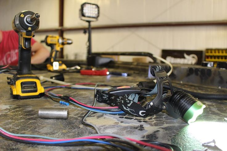 If you're in the NWA area and are looking to get ANYTHING installed, stop by our new shop and we will get you fixed up.(location in bio) Our lead Technician has over 21 years in installation and wiring ranging from high end suspension lifts, wheels/tires, diesel performance work, audio, law enforcement vehicles, boats, trucks, jeeps, atvs/utvs and of course our bread an butter, LED Lighting. Seeing that the area needs it, as a company we have made the decision to pursue some horizontal…