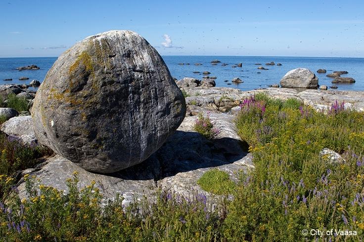 Power of the ice @ Vaasa archipelago. www.visitvaasa.fi. Photo Jaakko Salo.