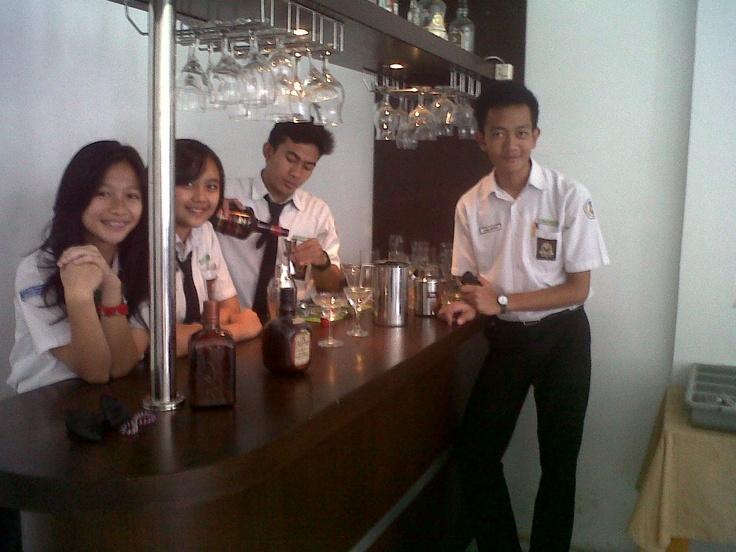 #bartending #prac #room #alcoholic #LOL