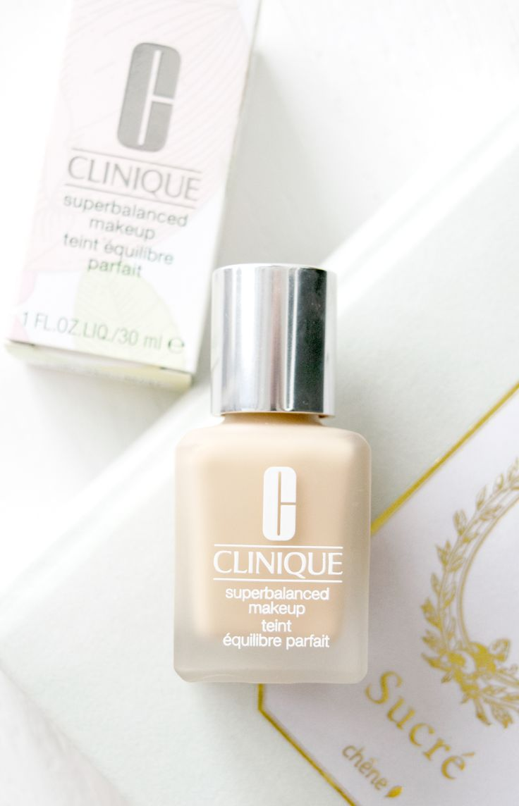 Clinique Superbalanced Makeup Review. My current favourite liquid foundation for oily and sensitive skin!