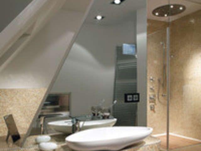Badezimmer renovieren | DIY Academy | Fliesen | Rollputz ...