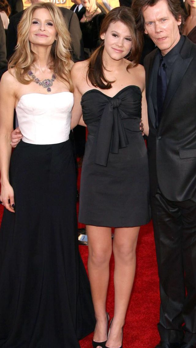 Kyra, Kevin & Sosie Bacon