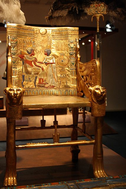 aboutegypt:    Tutankamon (by misspanther)    Tutankhamun's throne