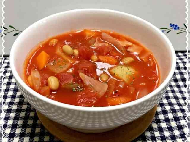トマト缶と大豆のスープの画像