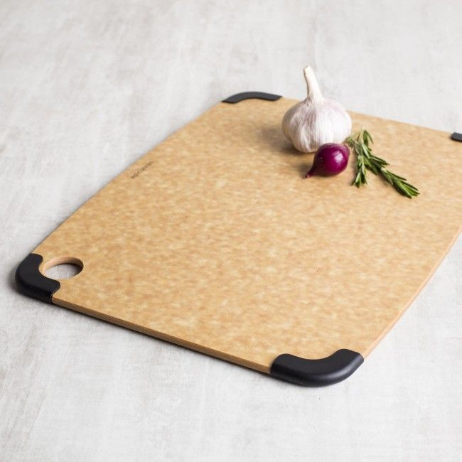 Epicurean Non-Slip Cutting Boards are perfect for smooth, damp food preparation areas and for people who want their cutting boards to stay put. Non-slip silicone corners elevate these boards off of the countertop and hold them in place to prevent them from slipping under the knife. Like all of our cutting surfaces, Non-Slip Cutting Boards are dishwasher safe. The non-slip corners are removable for easy cleanup and greater versatility.