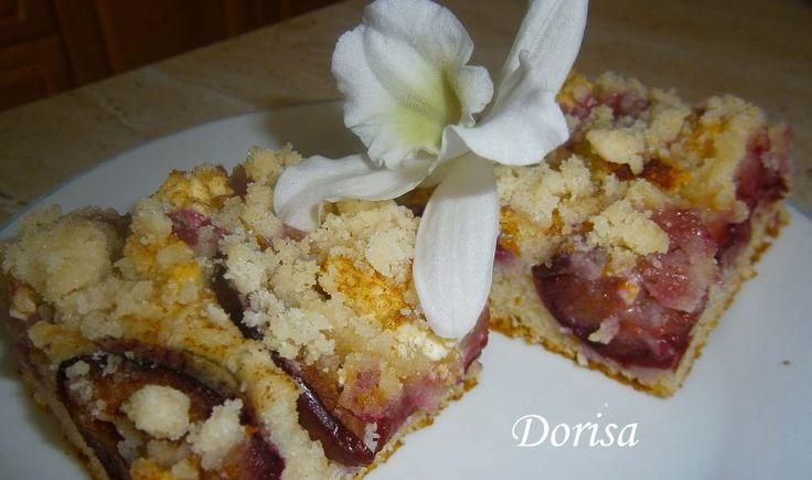 Skvělý švestkový koláč. Chutná jako kynutý, ale vůbec neobsahuje droždí. Vyzkoušejte. hotová mňamka§